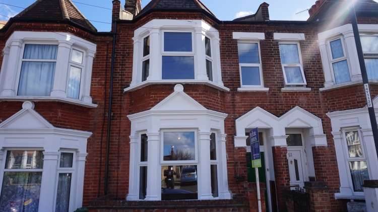 5 Bedrooms House for rent in Plum Lane Woolwich SE18
