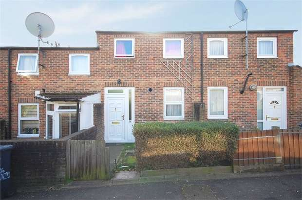 2 Bedrooms Terraced House for sale in Bracknell Close, London