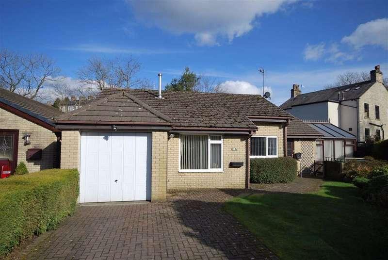 3 Bedrooms Detached Bungalow for sale in Sunnybank Close, Helmshore, Rossendale, BB4