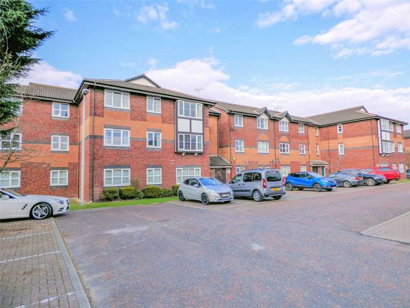 2 Bedrooms Apartment Flat for sale in Flat 9, Dove Tree Court, Cherry Tree Road North, Blackpool, Lancashire