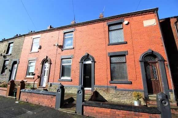 2 Bedrooms Terraced House for sale in Breezehill Road, Oldham, OL4