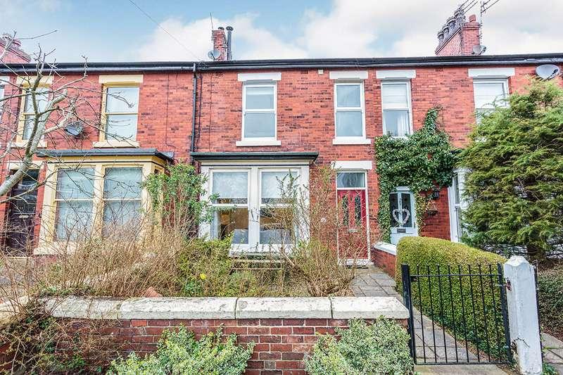 3 Bedrooms House for sale in Moorland Avenue, Poulton-le-Fylde, Lancashire, FY6