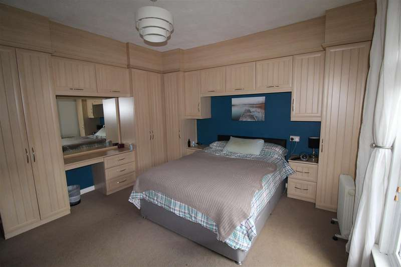 2 Bedrooms Terraced House for sale in Kendal Street, Springfield, Wigan