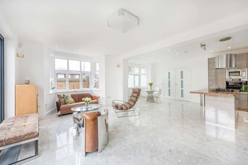 5 Bedrooms House for sale in Westbere Road, West Hampstead, NW2