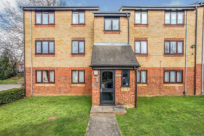 1 Bedroom Apartment Flat for sale in Chiswell Court, Sandown Road, Watford, Hertfordshire, WD24