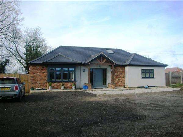 Property for sale in Liberty View, Harlow, Essex, CM19 5DW
