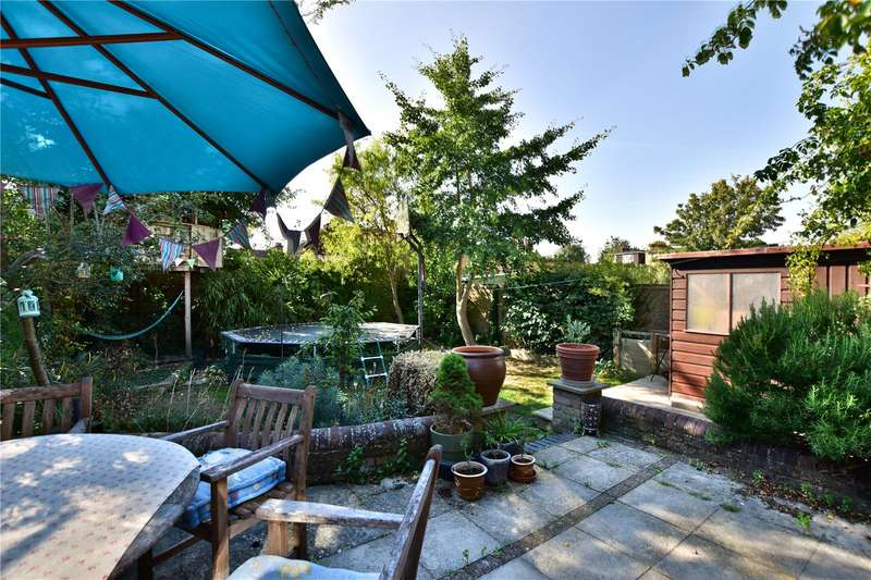 4 Bedrooms Semi Detached House for sale in Windsor Road, Watford, Herts, WD24