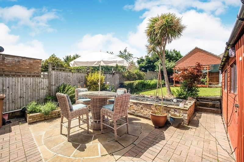 3 Bedrooms Semi Detached House for sale in Exford Road, London, SE12