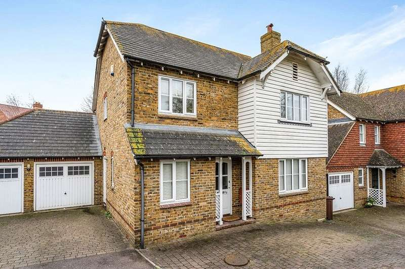 4 Bedrooms Detached House for sale in Mansfield Drive, Iwade, Sittingbourne, ME9