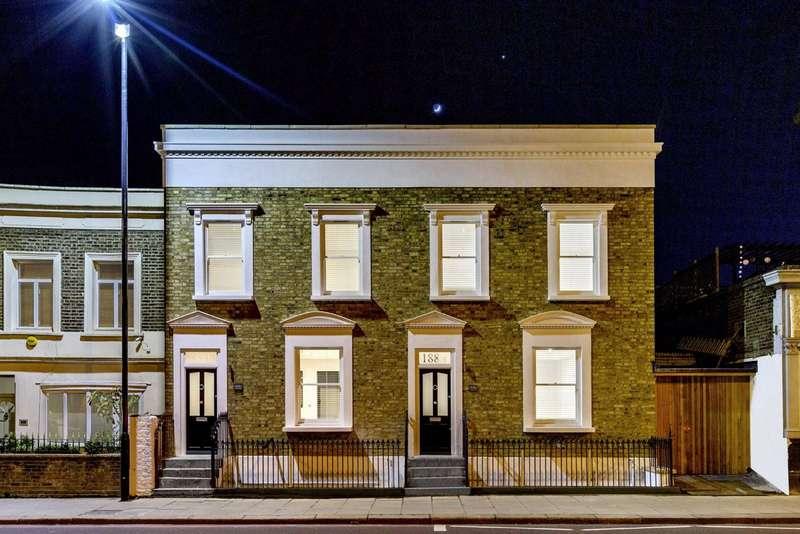 3 Bedrooms House for sale in Battersea Bridge Road, Battersea, London, SW11