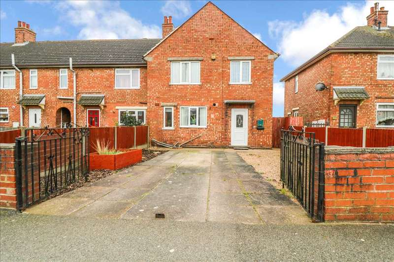 4 Bedrooms End Of Terrace House for sale in Moorland Avenue, Lincoln