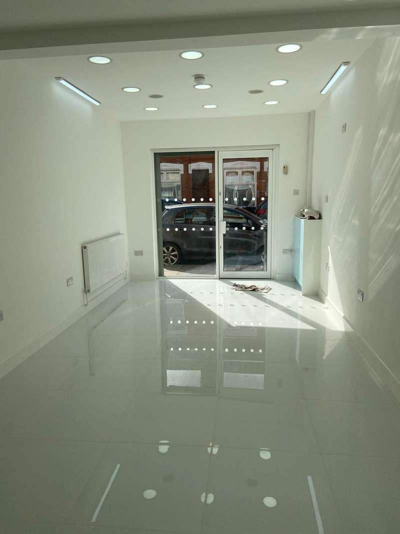 Commercial Property for rent in Coral Street, Leicester
