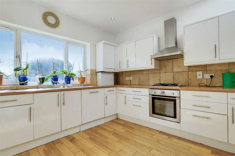 4 Bedrooms Semi Detached Bungalow for sale in Parkfields Avenue, Kingsbury