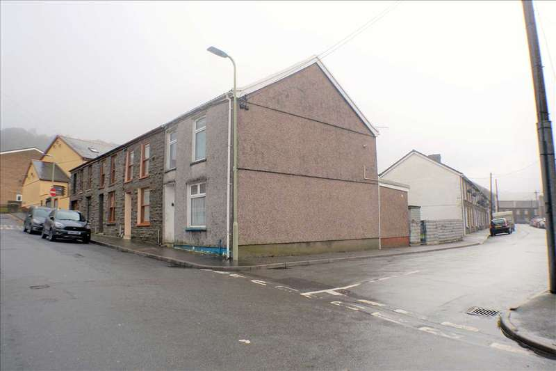 3 Bedrooms End Of Terrace House for sale in Brook Street, Pentre