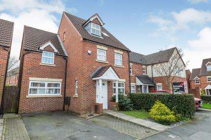 3 Bedrooms Detached House for sale in Heys Hunt Avenue, Leyland, Lancashire, PR25
