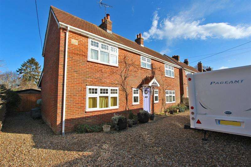 4 Bedrooms Detached House for sale in Partridge Road, Brockenhurst, Hampshire, SO42