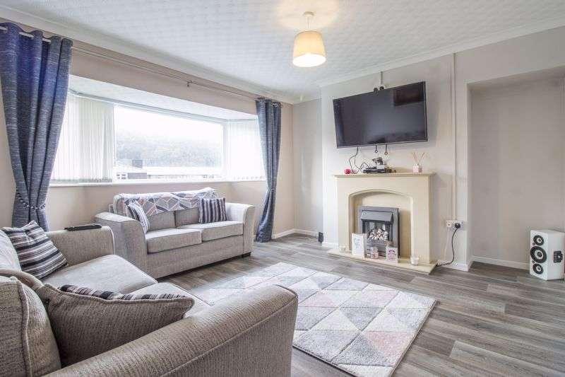 2 Bedrooms Property for sale in Risca Road Cross Keys, Newport