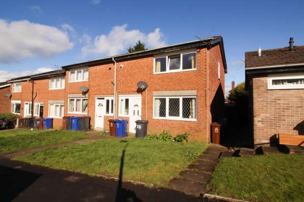 Semi Detached House for sale in Rutland Close, Clayton-Le-Moors, Lancashire, BB5 5RQ