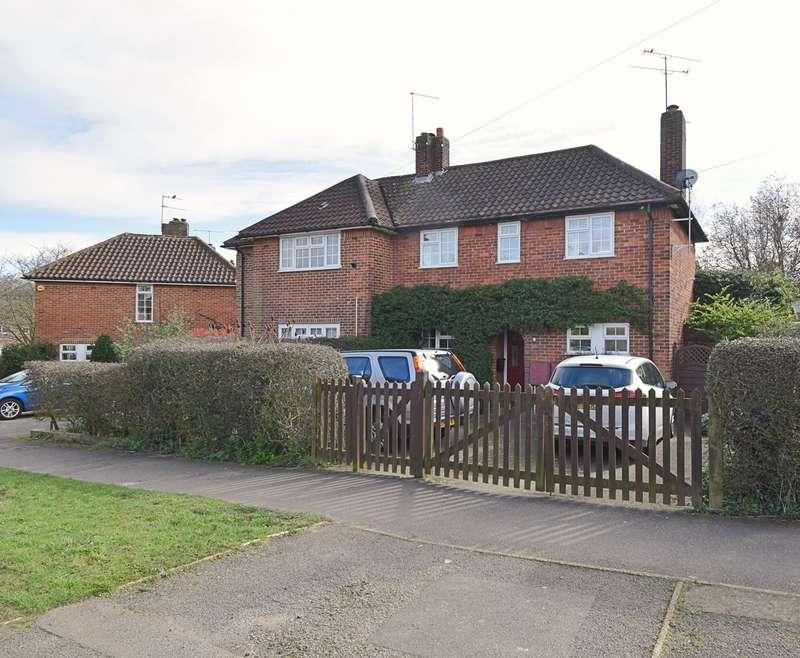 3 Bedrooms Semi Detached House for sale in Salisbury Road, Welwyn Garden City, AL7