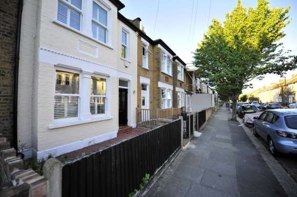 3 Bedrooms Property for rent in Florence Road Wimbledon