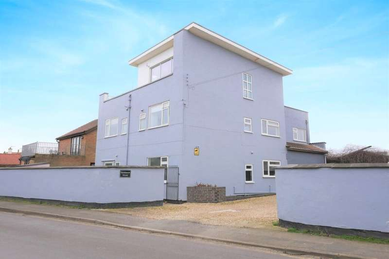 8 Bedrooms Property for sale in Roman Bank, Sandilands, Mablethorpe, LN12