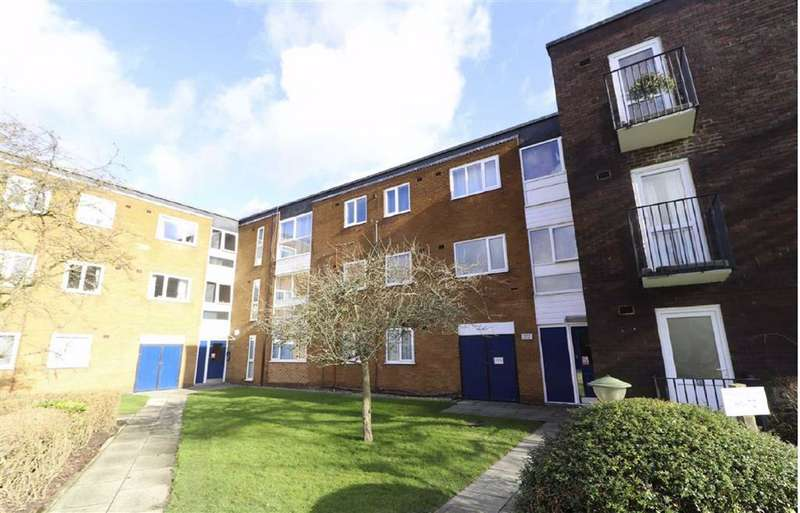 1 Bedroom Apartment Flat for sale in Hackness Road, Chorlton Green, Manchester, M21