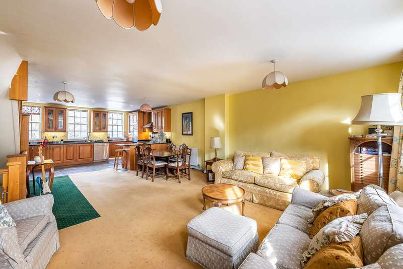 4 Bedrooms Terraced House for sale in Regents Bridge Gardens, Vauxhall, SW8