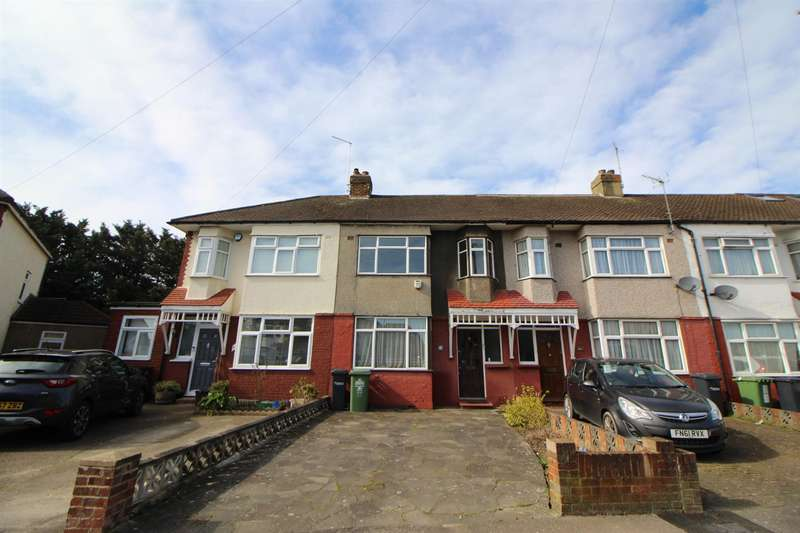 3 Bedrooms Terraced House for sale in Northfield Road, Waltham Cross