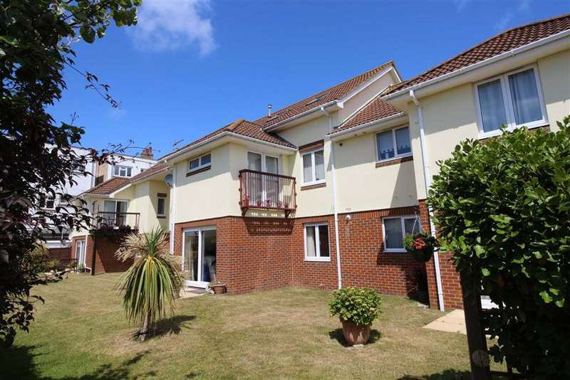 2 Bedrooms Flat for sale in Barton On Sea