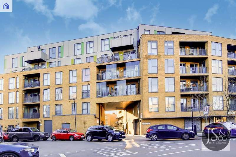 2 Bedrooms Flat for sale in Fulneck Place, Stepney Green, London, E1 3FB