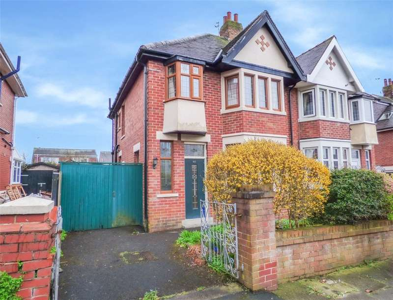 3 Bedrooms Semi Detached House for sale in Riversway, Blackpool, Lancashire