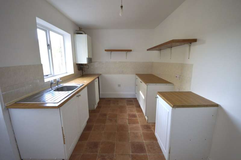 2 Bedrooms House for sale in Eaton Road, Dover, Kent, CT17