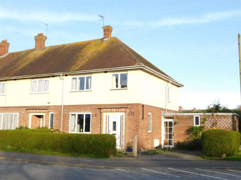 3 Bedrooms End Of Terrace House for sale in Count Alan Road, Skegness, PE25 1HB