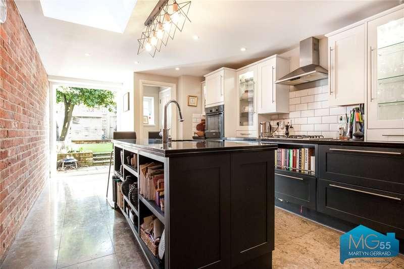 3 Bedrooms Terraced House for sale in Puller Road, Barnet, Hertfordshire, EN5
