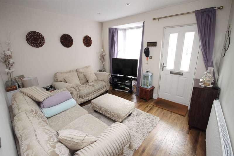 2 Bedrooms Terraced House for sale in Ospringe Street, Faversham