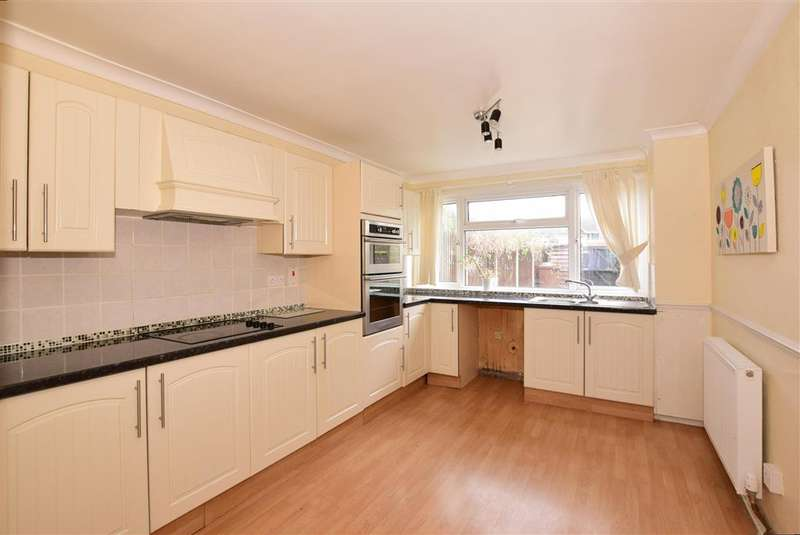 3 Bedrooms Terraced House for sale in Exeter Walk, , Rochester, Kent