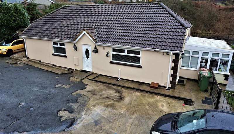 3 Bedrooms Detached Bungalow for sale in Bedwellty Road, Elliots Town, New Tredegar, NP24