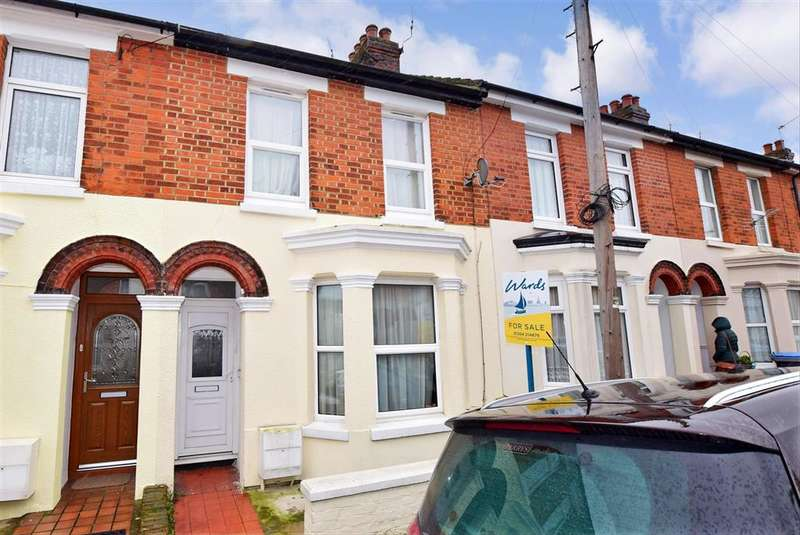 3 Bedrooms Terraced House for sale in The Grove, , Dover, Kent