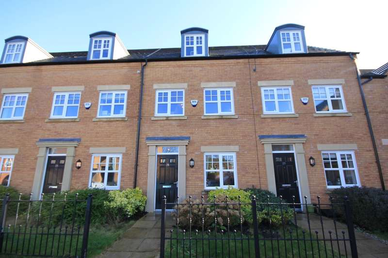 3 Bedrooms Town House for sale in Crow House Farm Drive, Newton-le-Willows, WA12