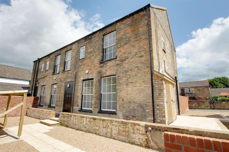 1 Bedroom Flat for sale in The White Horse, 29 West Street, Alford