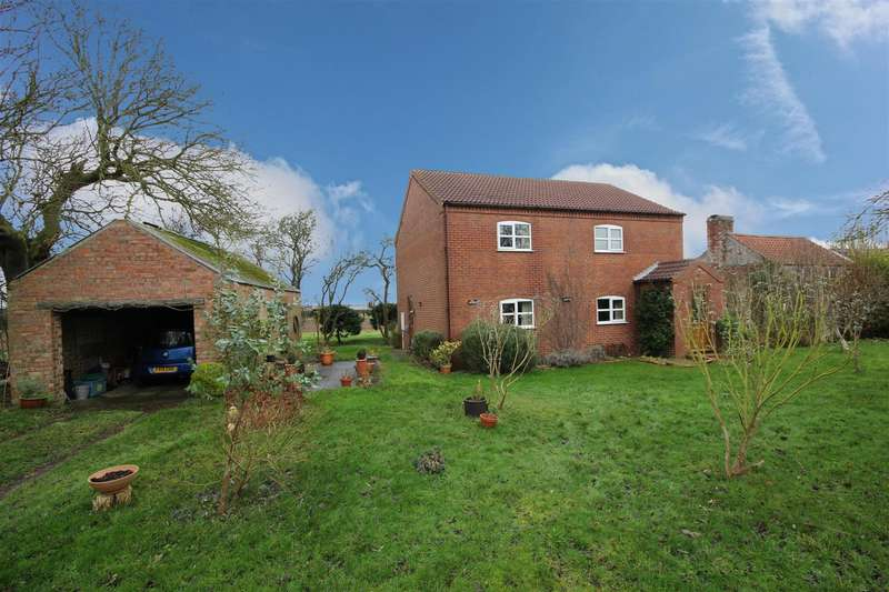 3 Bedrooms Detached House for sale in Sea Road, Anderby
