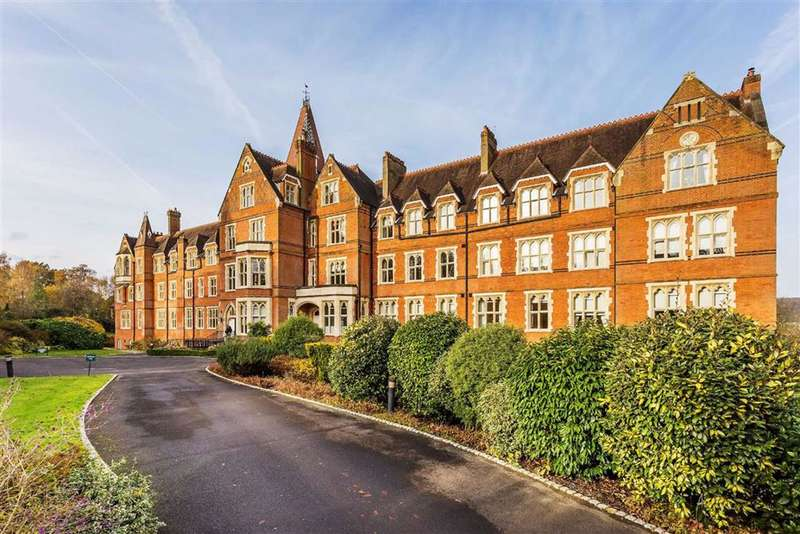2 Bedrooms Apartment Flat for sale in St Michaels, Limpsfield, Surrey