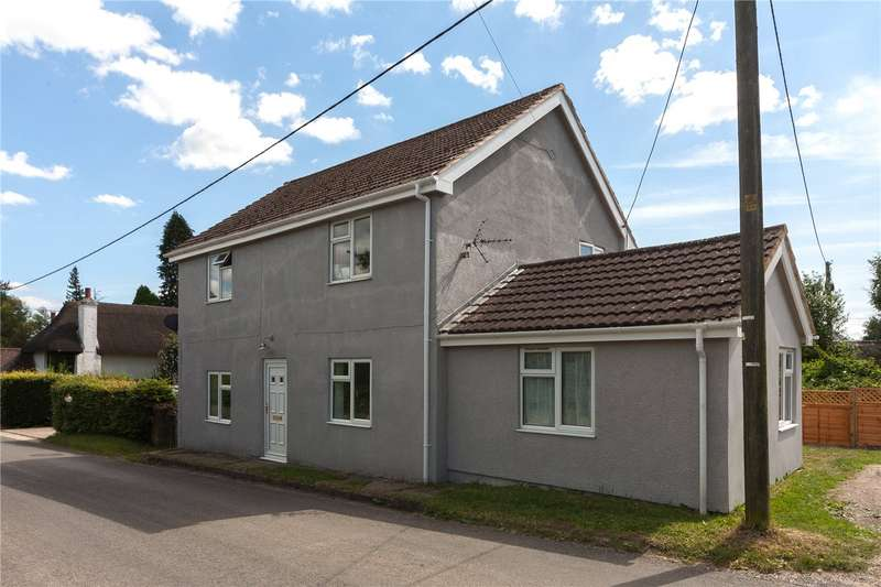 3 Bedrooms Detached House for sale in Wilcot Road, Pewsey, Wiltshire, SN9