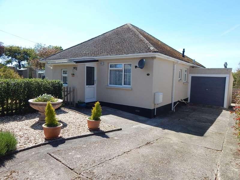 3 Bedrooms Detached Bungalow for sale in Dragons Mead, Axminster, Devon