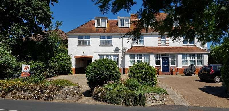 1 Bedroom Flat for sale in Lane End Road, Bembridge, Isle Of Wight. PO35 5SU
