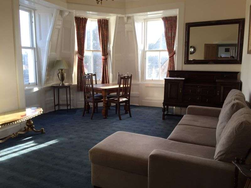 3 Bedrooms Property for sale in High Street, North Berwick