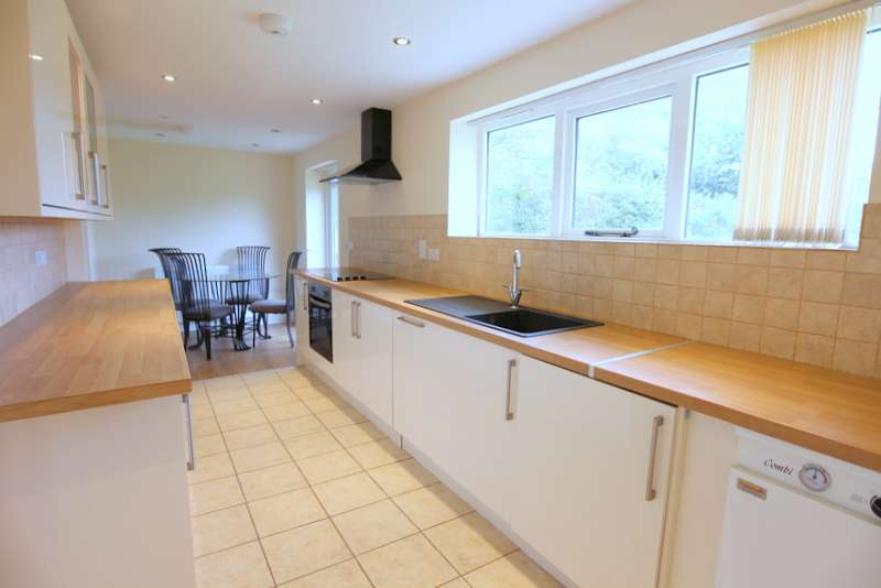 3 Bedrooms Property for sale in Little Blythe Farm, Leek Road, Weston Coyney