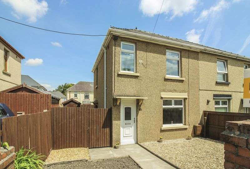 3 Bedrooms Property for sale in Glanffrwd Avenue, Ebbw Vale