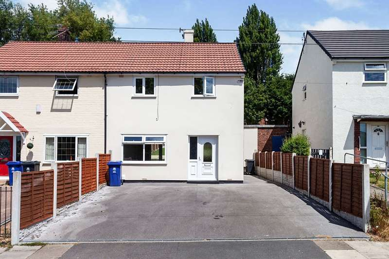2 Bedrooms Semi Detached House for sale in Morse Street, Burnley, Lancashire, BB10