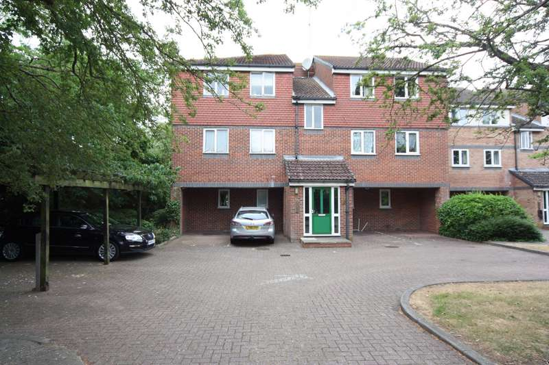 2 Bedrooms Property for rent in Adrienne Avenue, Southall